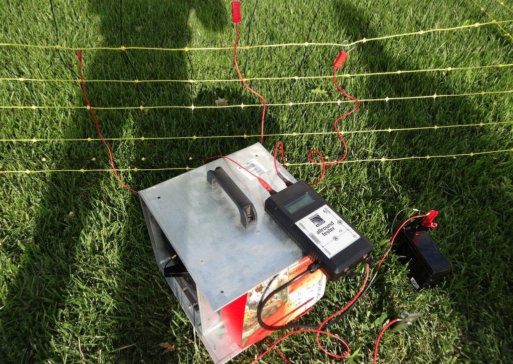 Schema Elettrico Elettrificatore Per Recinzioni : Elettrificatore m a rete da v per recinzioni fino a km per